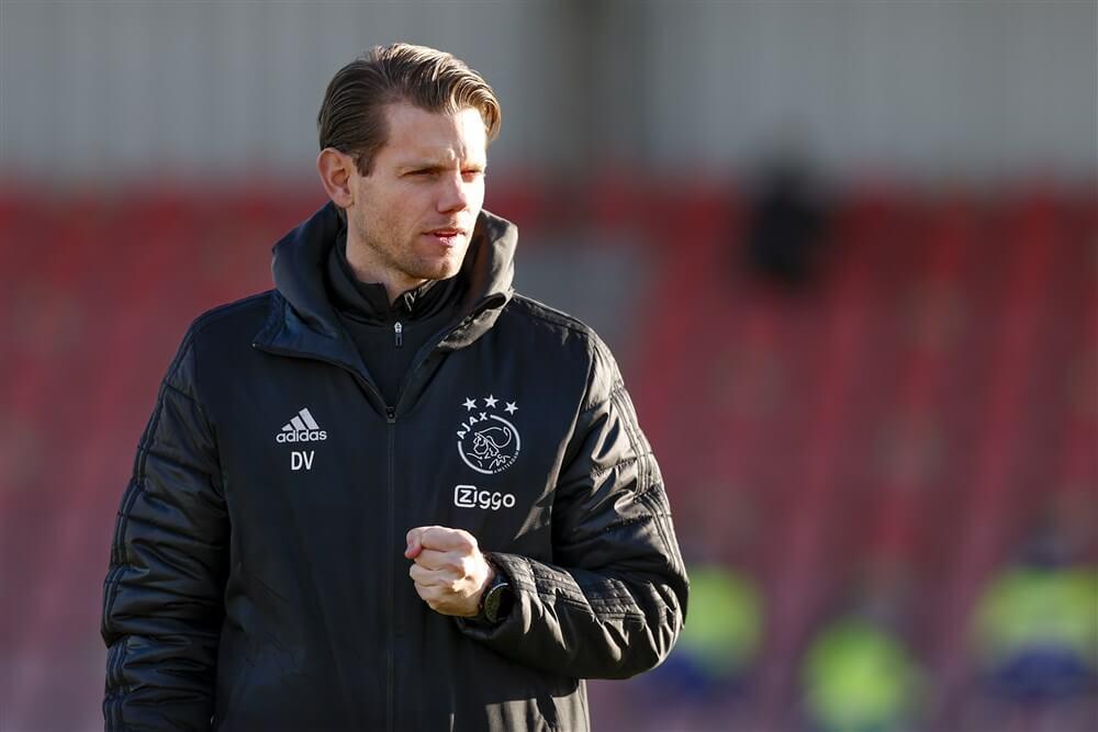 Dave Vos nieuwe trainer Ajax 018, Steven Pienaar assistent; image source: Pro Shots