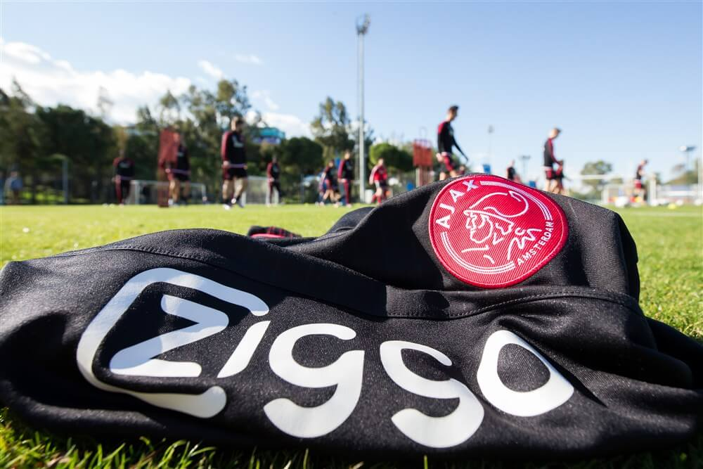 """""""Ajax verlengt contract met hoofdsponsor Ziggo""""; image source: Pro Shots"""