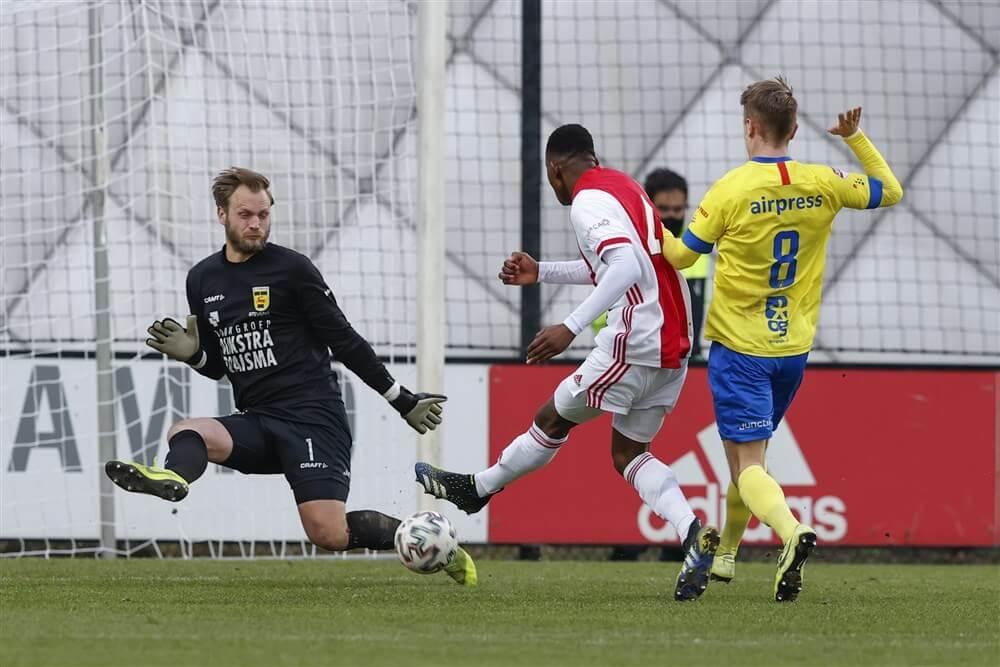 Jong Ajax pakt een punt tegen koploper Cambuur; image source: Pro Shots