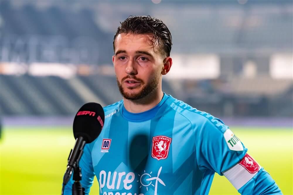 Ajax lijkt Joël Drommel te laten schieten, Schmidt gaat tekeer tegen Ten Hag; image source: Pro Shots