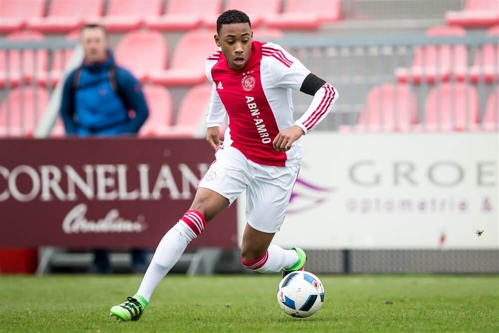 [Update] Ajax bevestigt terugkeer van Juan Familia Castillo; image source: Pro Shots
