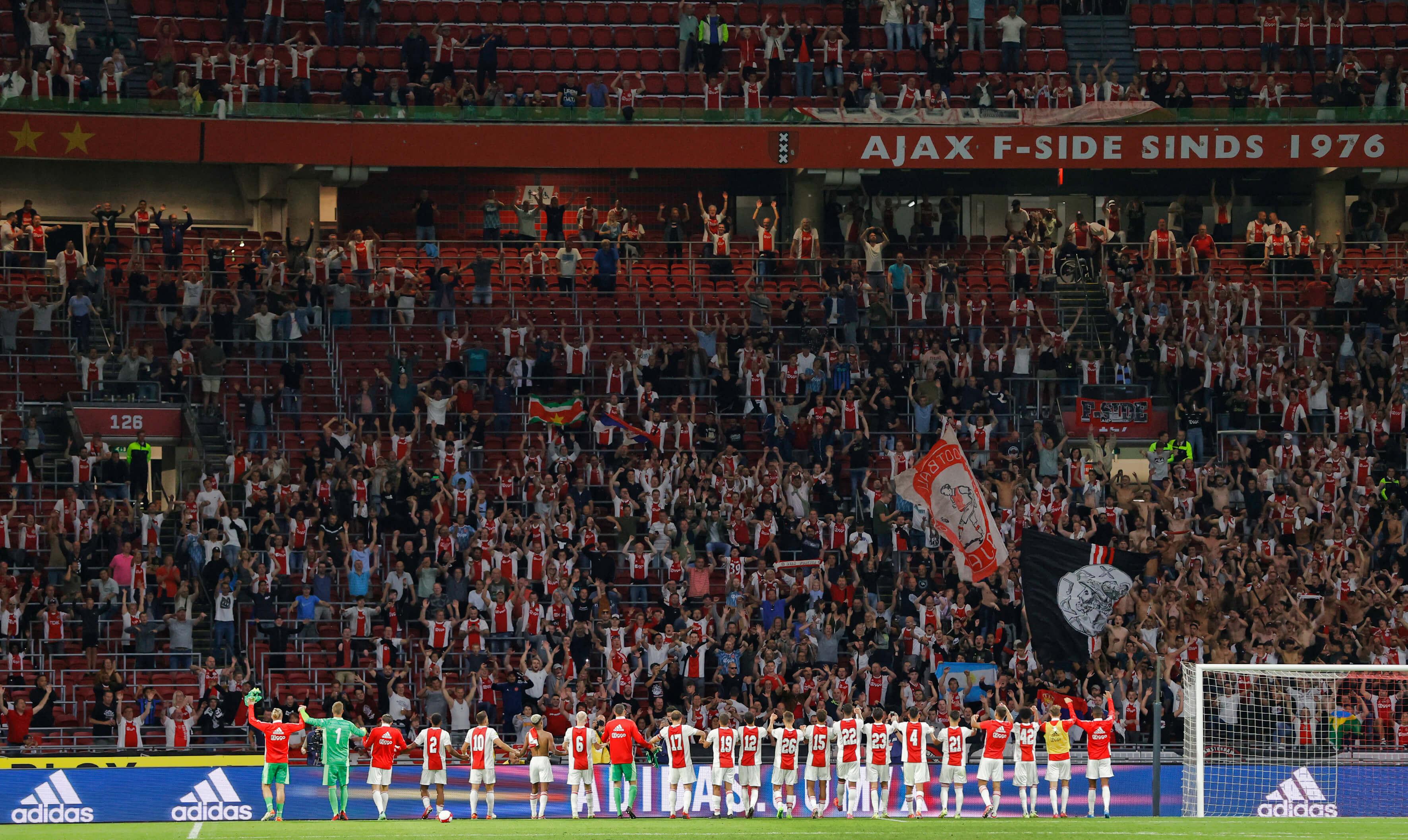 """""""Vanaf 25 september weer volle stadions toegestaan""""; image source: Pro Shots"""