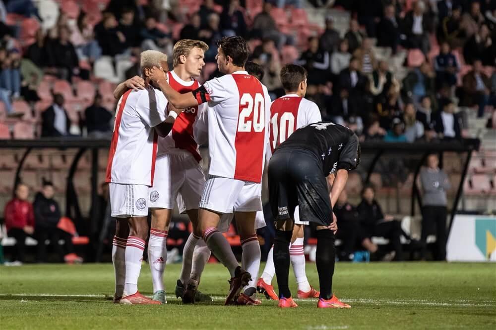 Jong Ajax overtuigend te sterk voor MVV; image source: Pro Shots