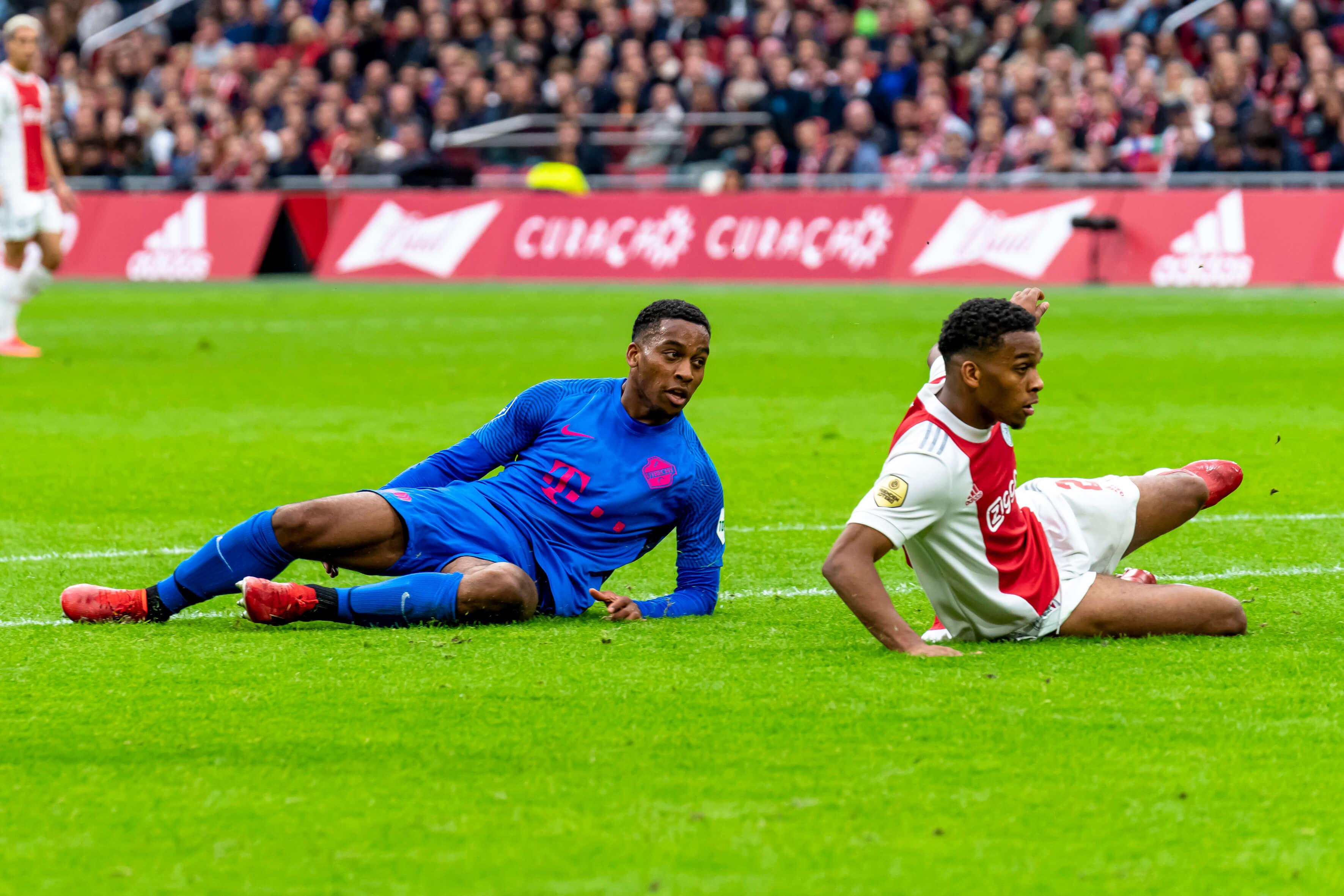 Ajax komt niet door Utrechtse muur heen en incasseert wederom dé counter: 0-1; image source: Pro Shots
