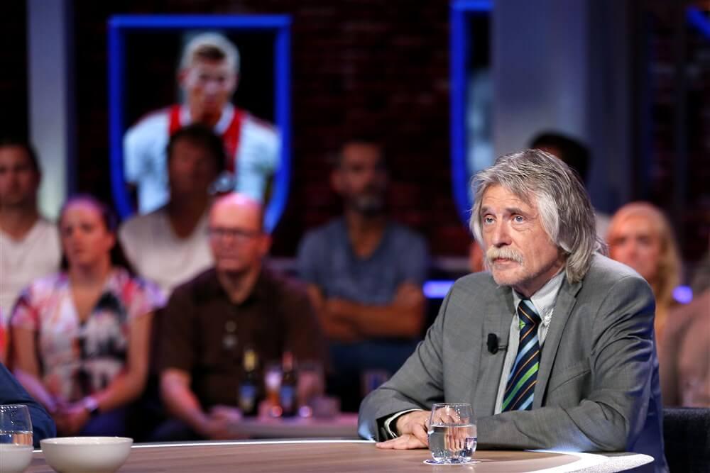 """Johan Derksen: """"Marc Overmars is bang dat AZ kampioen wordt en wil daarom stoppen""""; image source: Pro Shots"""