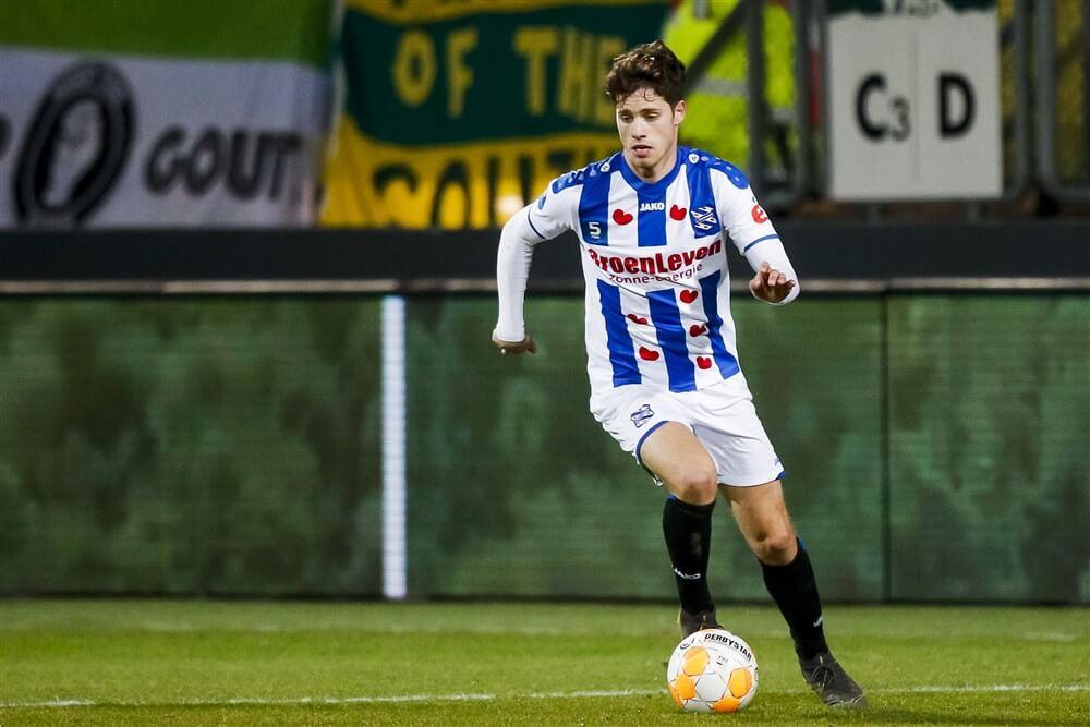 """""""Kik Pierie ondergaat medische keuring bij Ajax""""; image source: Pro Shots"""