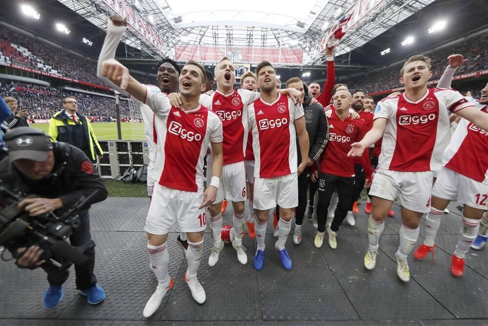 Ajax officieus landskampioen na ruime zege tegen FC Utrecht; image source: Pro Shots