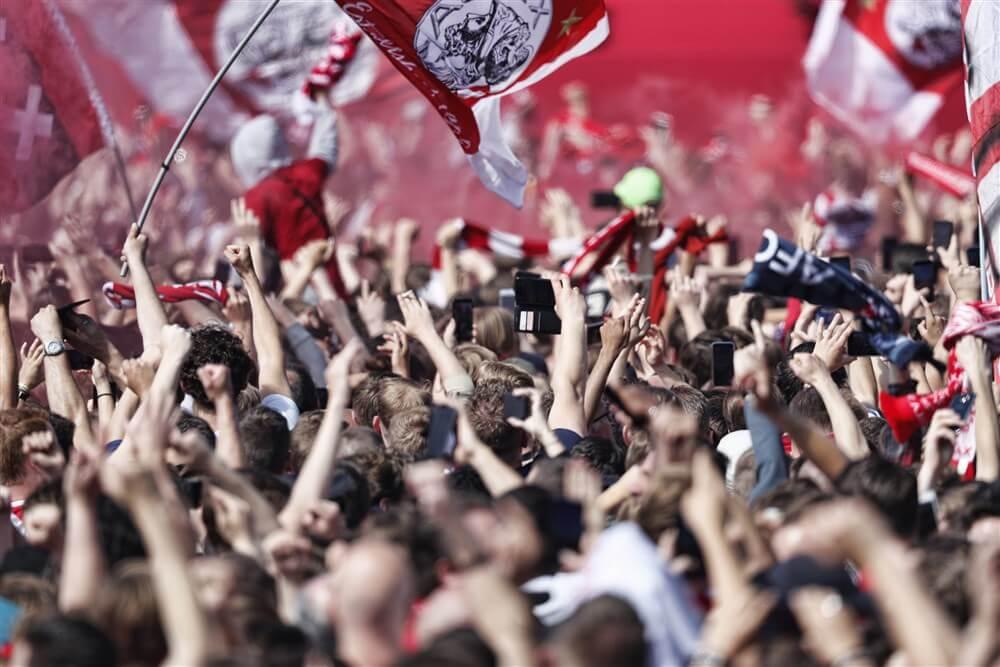 Enorme vraag naar seizoenkaarten Ajax; image source: Pro Shots