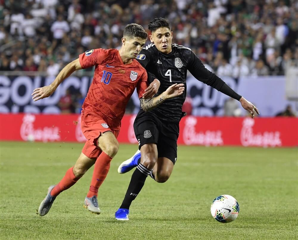 """""""Komst van Edson Álvarez wordt losgekoppeld van transfer Matthijs de Ligt""""; image source: Pro Shots"""