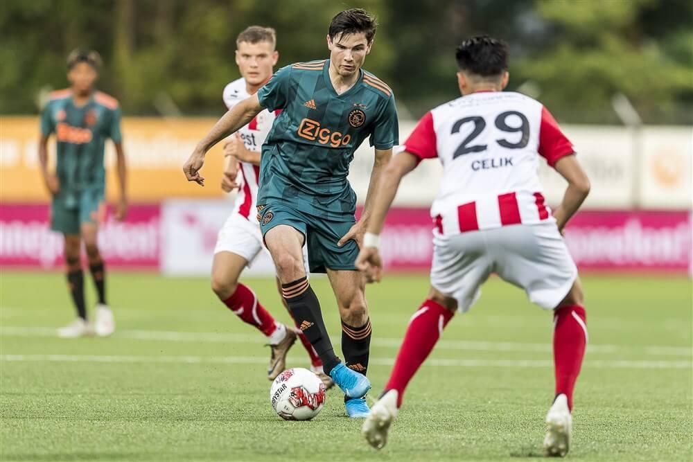 Jong Ajax opent seizoen met nederlaag in Oss; image source: Pro Shots