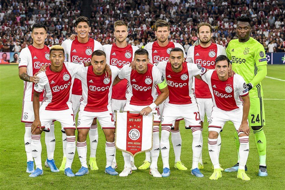 """Ajax adverteert met """"Join the future"""" ook in het buitenland; image source: Pro Shots"""