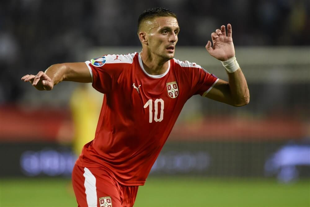 Dusan Tadic scoort voor winnend Servië, opnieuw geen speeltijd voor Mohamed Daramy; image source: Pro Shots
