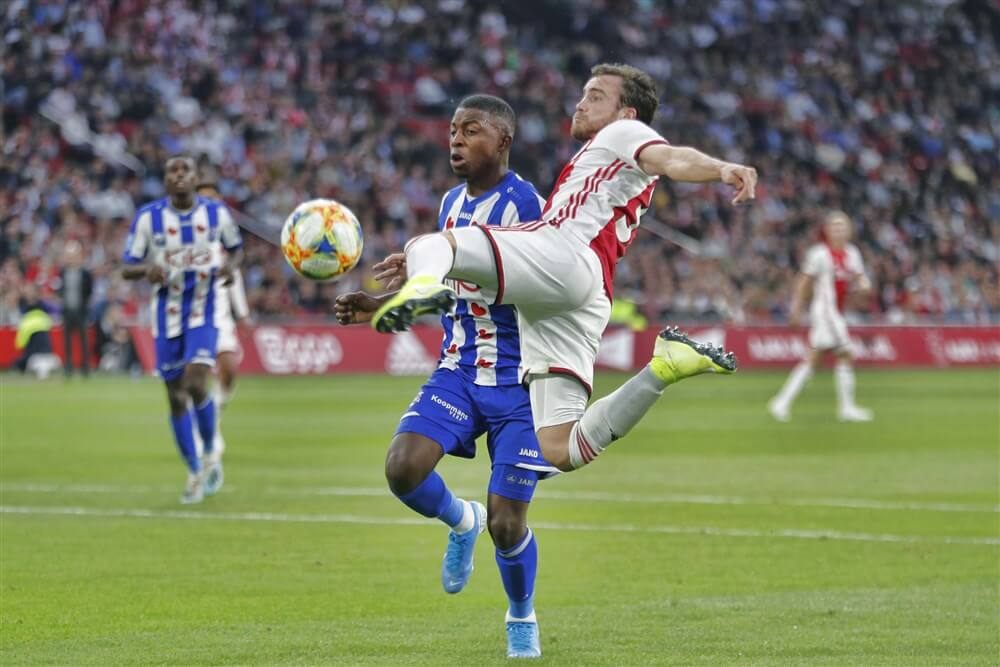 Ruime zege voor Ajax in eigen huis tegen Heerenveen; image source: Pro Shots