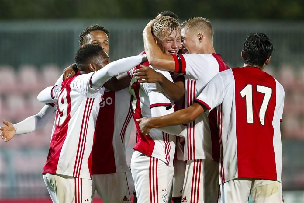 Jong Ajax geeft goede voorbeeld en wint in eigen huis van Jong PSV; image source: Pro Shots