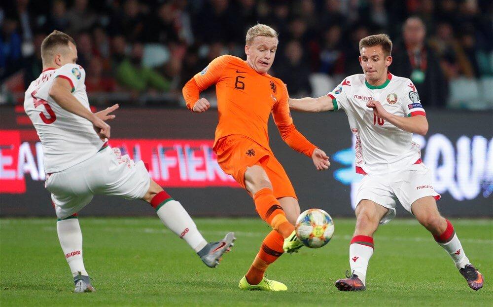 """Aad de Mos: """"Donny van de Beek past niet in het Nederlands elftal""""; image source: Pro Shots"""