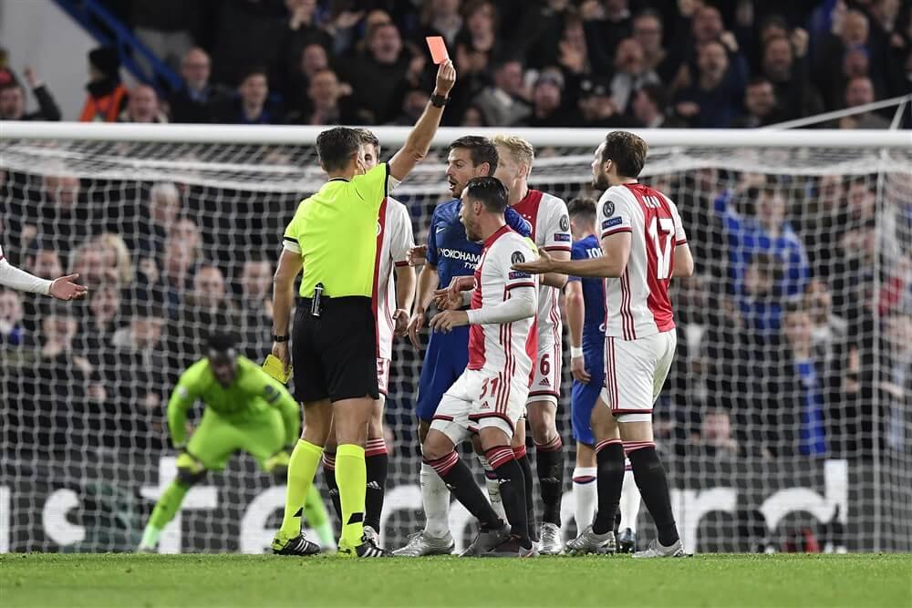 Gelijkspel voor Ajax in Londen na bizarre arbitrale beslissingen; image source: Pro Shots
