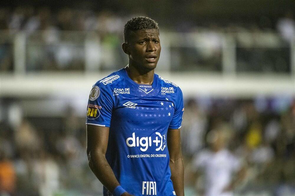 """""""Cruzeiro licht optie tot koop en neemt Luis Manuel Orejuela definitief over van Ajax""""; image source: Pro Shots"""