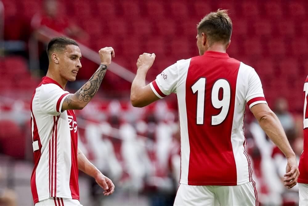 Ajax haalt uit in oefenduel tegen RKC Waalwijk; image source: Pro Shots
