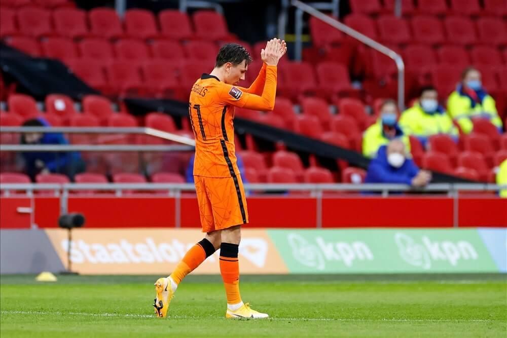 Steven Berghuis met doelpunt van grote waarde tijdens zege van Oranje; image source: Pro Shots