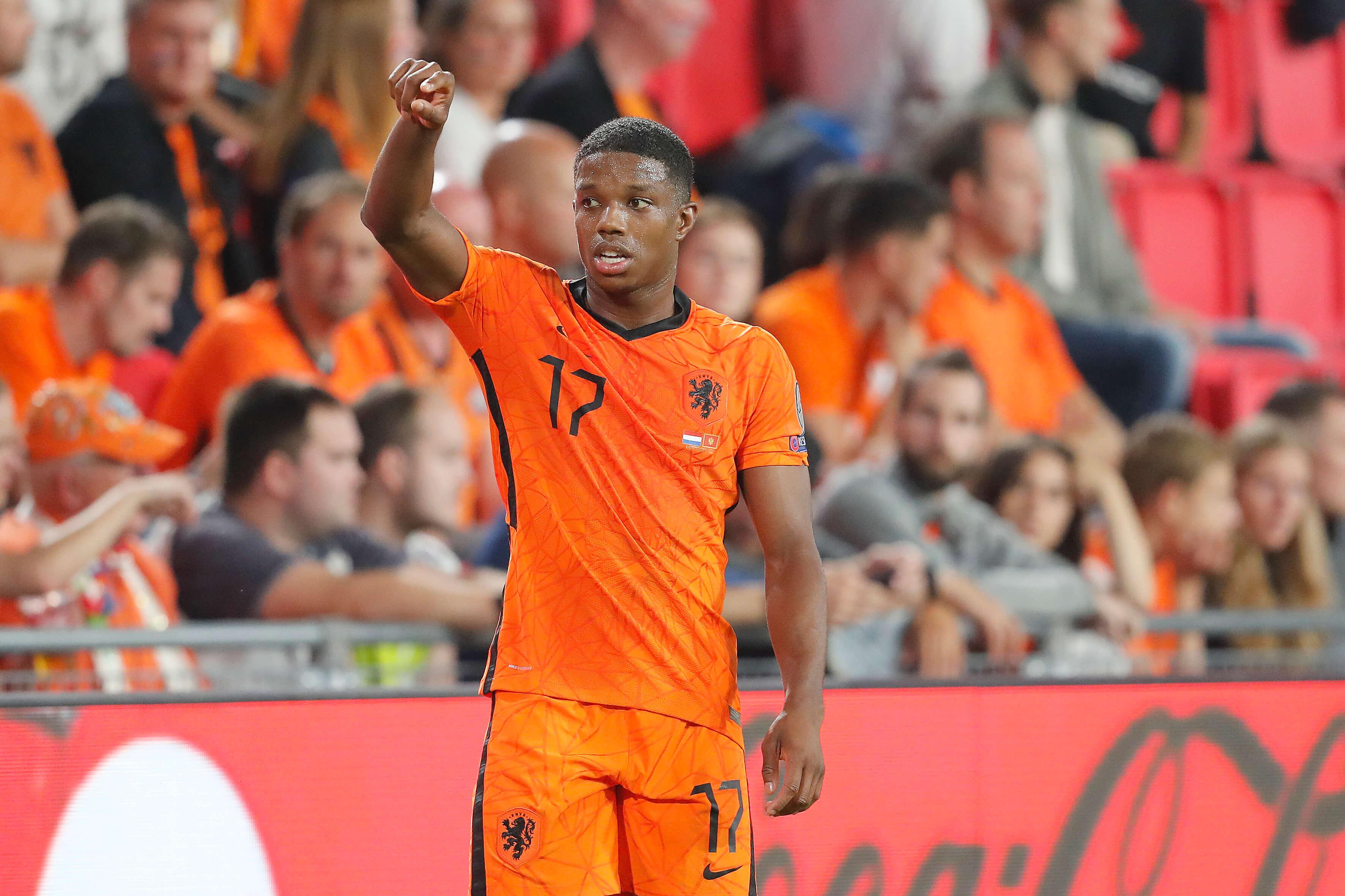 Tyrell Malacia debuteert tijdens ruime zege Oranje; image source: Pro Shots