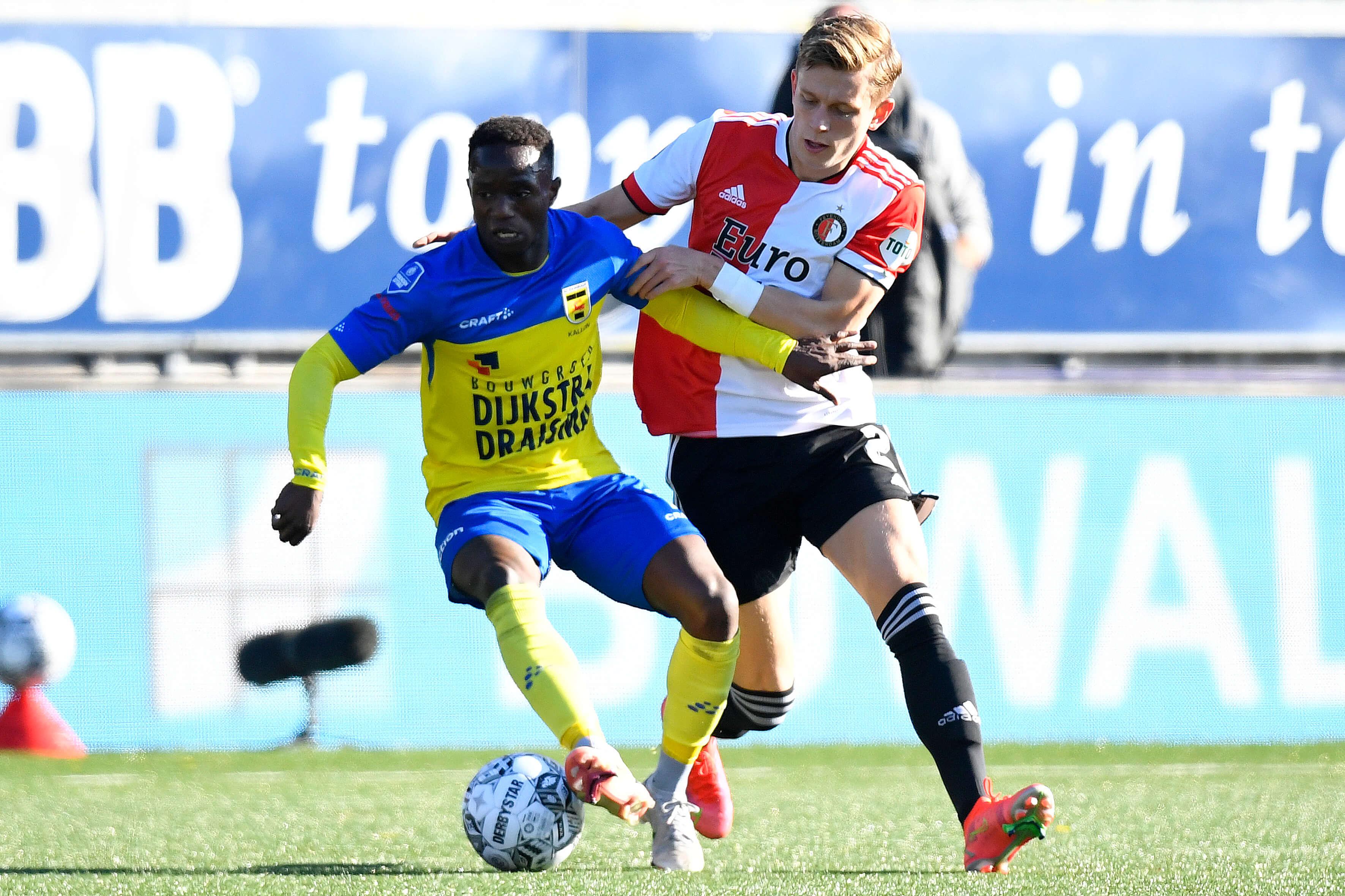 Feyenoord behaalt zwaarbevochten zege in Leeuwarden; image source: Pro Shots