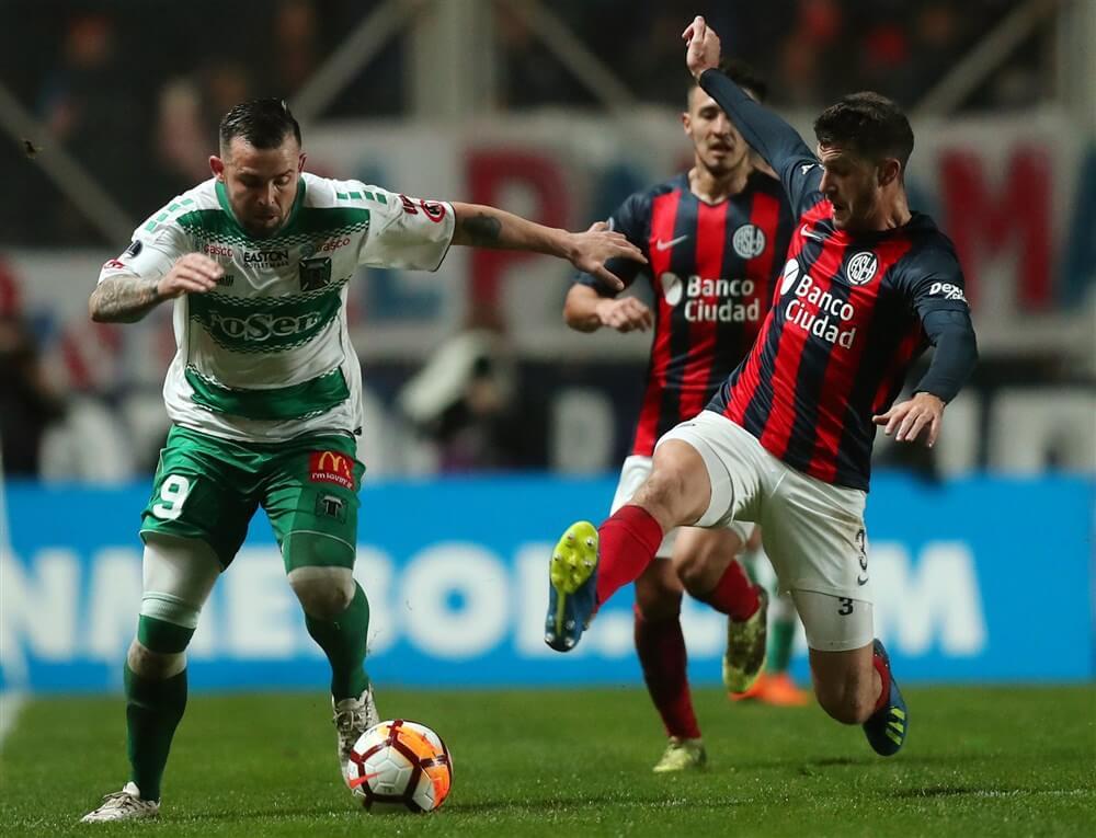 """[Update] """"Bod van Feyenoord voor Marcos Senesi geaccepteerd""""; image source: Pro Shots"""