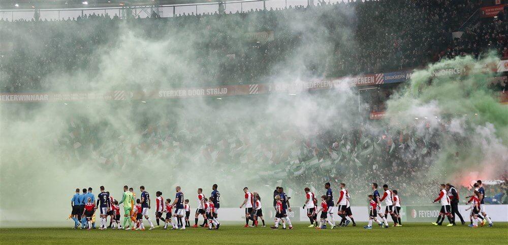 Feyenoord moet wedstrijd zonder publiek op vak S spelen; image source: Pro Shots
