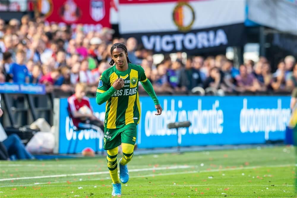 """""""Feyenoord wil niet meewerken aan transfer van Cryscencio Summerville en wil contract verlengen""""; image source: Pro Shots"""