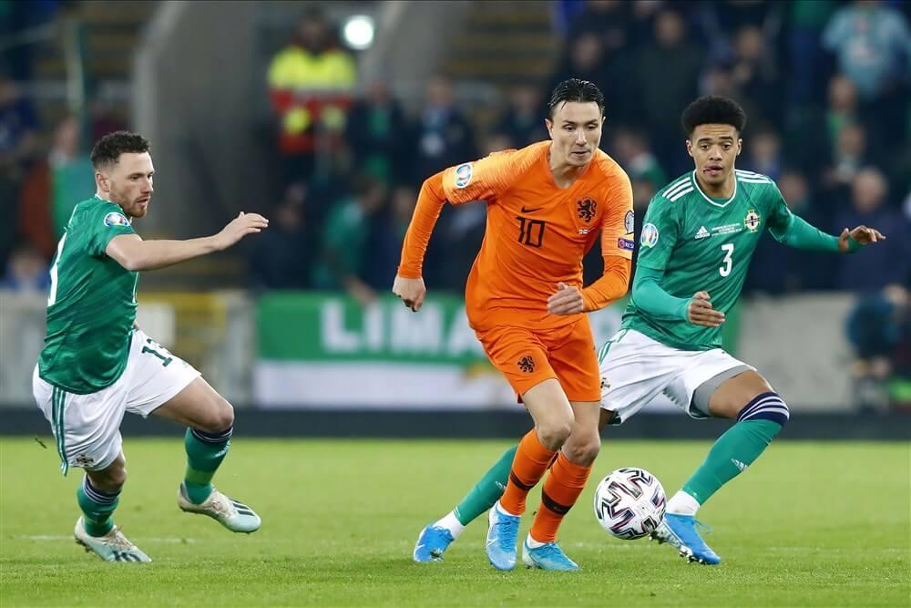 Steven Berghuis met Oranje naar EK na gelijkspel tegen Noord-Ierland; image source: Pro Shots