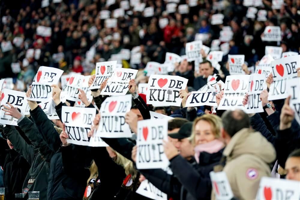 """Gemeente Rotterdam: """"Van een gegarandeerde 25 miljoen euro kan geen sprake zijn""""; image source: Pro Shots"""