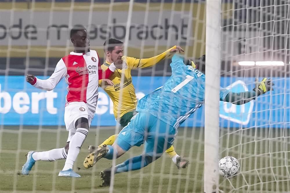Bekerwedstrijd Feyenoord gestaakt wegens mist; image source: Pro Shots