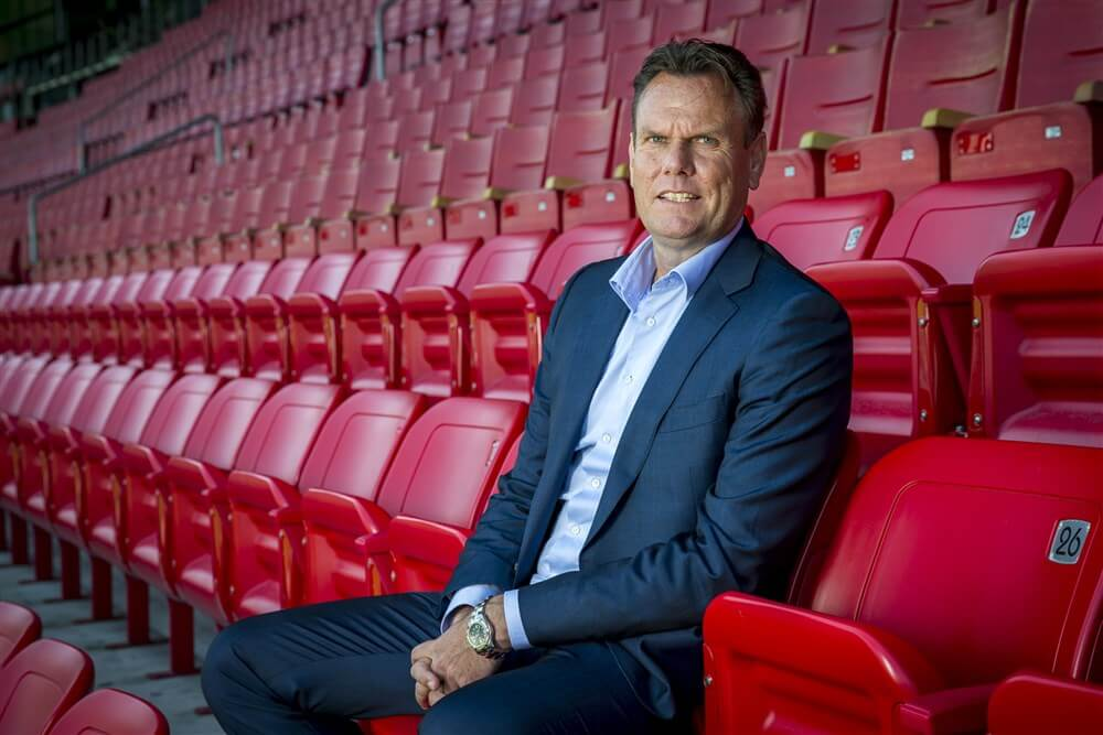 """""""Robert Eenhoorn twijfelt vanwege Feyenoord City-dossier""""; image source: Pro Shots"""