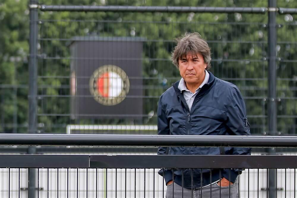 """""""Onrust binnen jeugdopleiding Feyenoord na verkeerd verstuurde mails Stanley Brard""""; image source: Pro Shots"""