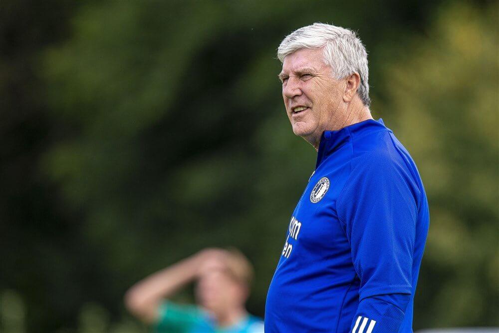 """Cor Pot: """"Te vroeg is de nieuwe trainer van Feyenoord bekend geworden""""; image source: Pro Shots"""