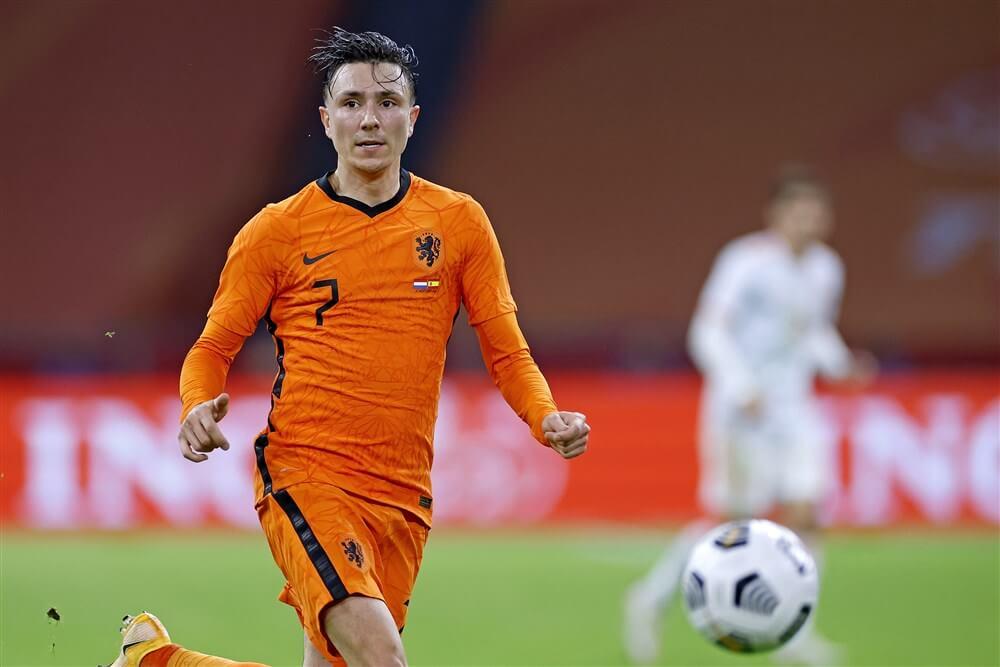 Steven Berghuis met Oranje gelijk tegen Spanje; image source: Pro Shots