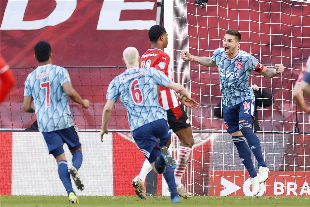 Ajax doet aangifte tegen PSV-fan; image source: Pro Shots