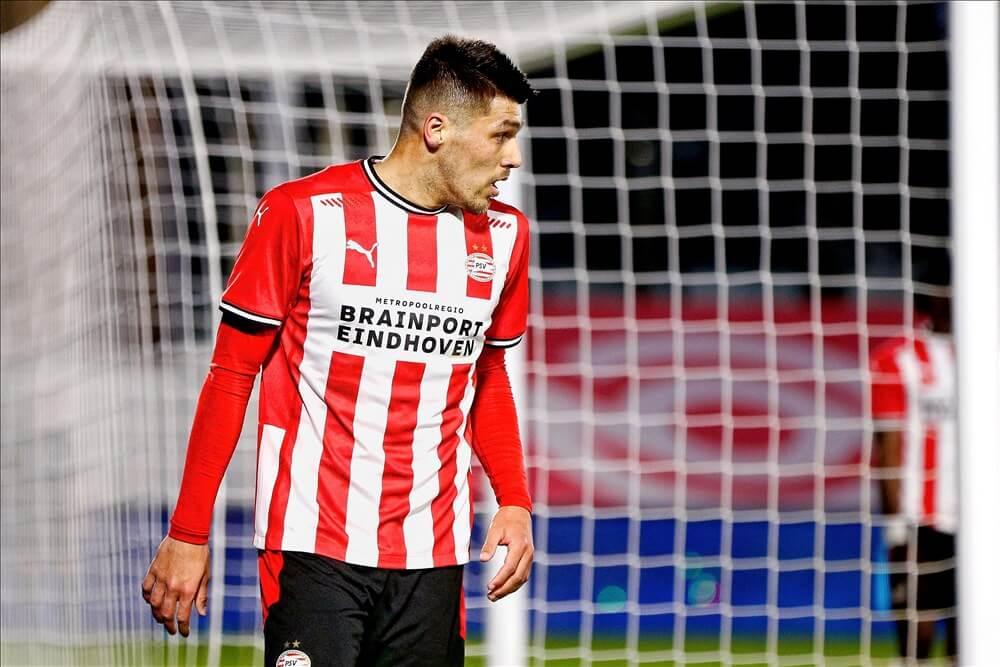 """Swansea City brengt bod uit op Joël Piroe""; image source: Pro Shots"
