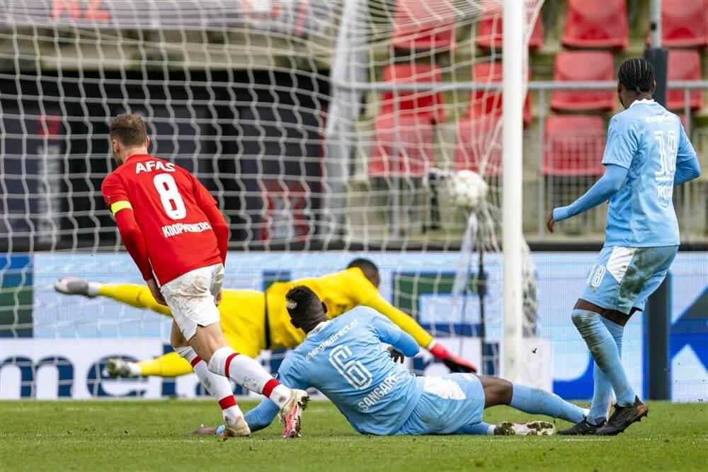Vele gemiste kansen breken PSV ook in Alkmaar wéér duur op; image source: Pro Shots