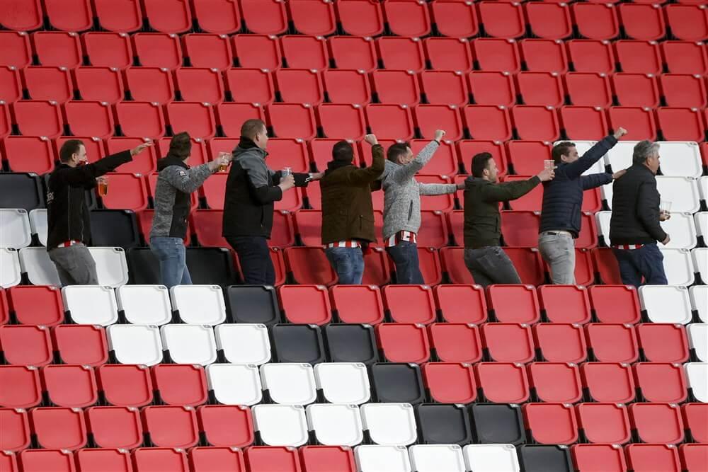 """""""PSV verkoopt 5.000 seizoenkaarten op eerste dag""""; image source: Pro Shots"""