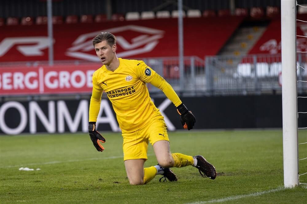 Doelman Mark Spenkelink bezorgt Jong PSV punt tegen Almere City; image source: Pro Shots