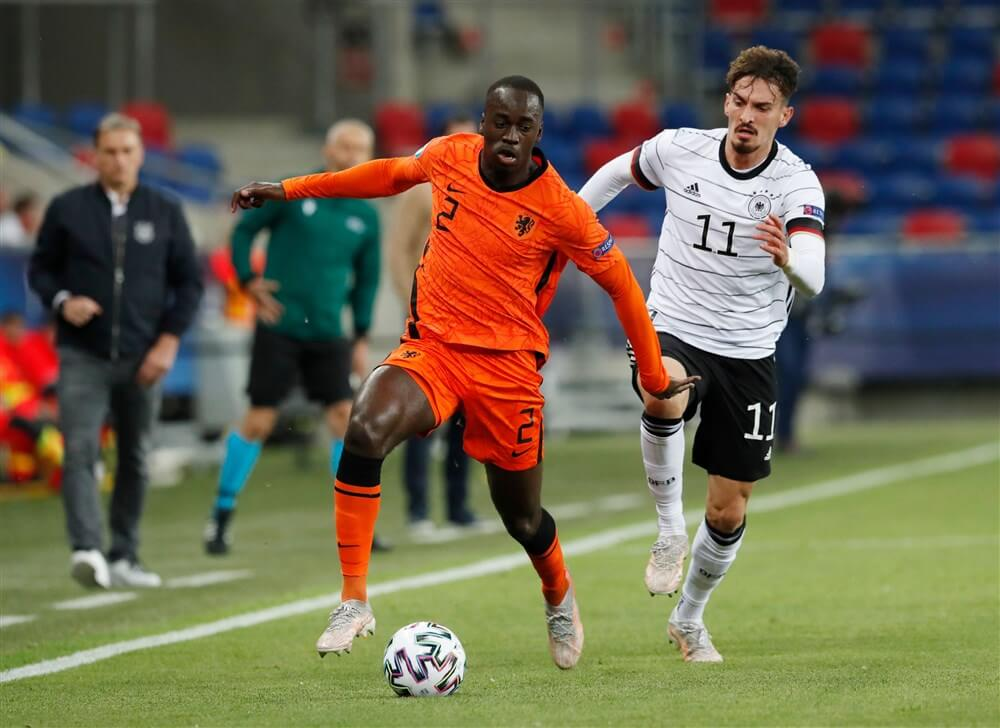 """""""Aanvaller Mergim Berisha in beeld bij PSV""""; image source: Pro Shots"""