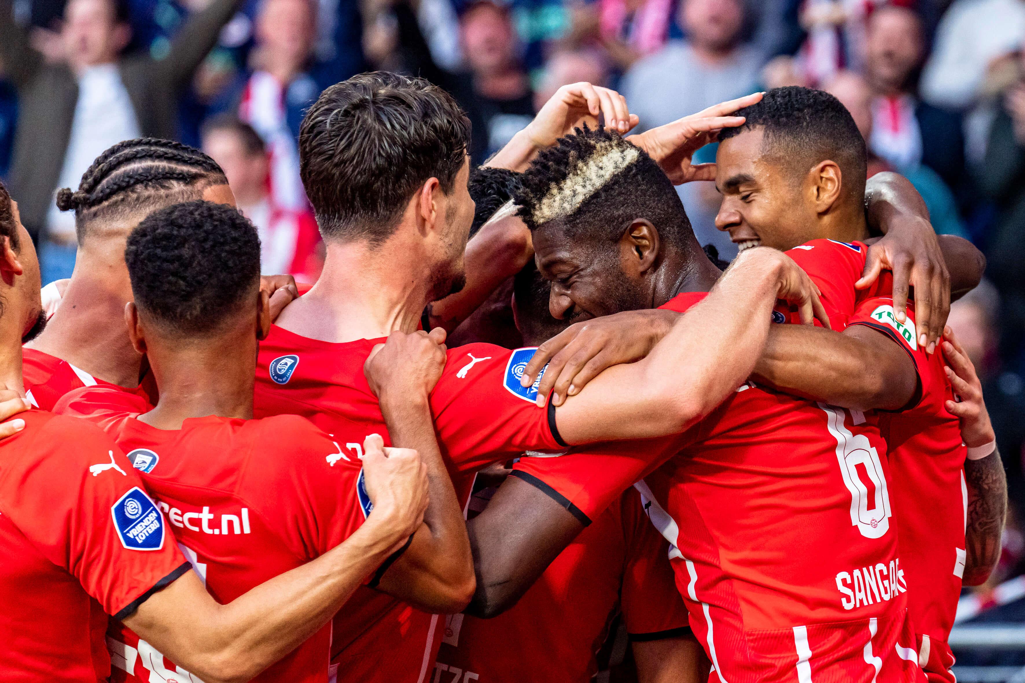 PSV ook veel te sterk voor FC Midtjylland; image source: Pro Shots