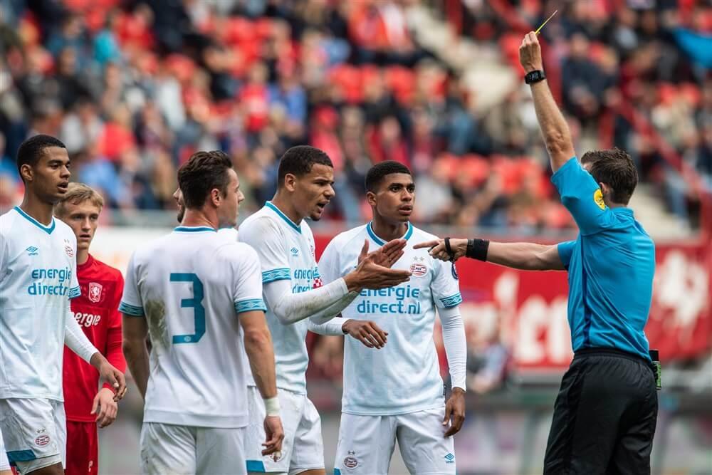 Allard Lindhout scheidsrechter tijdens PSV - De Graafschap; image source: Pro Shots