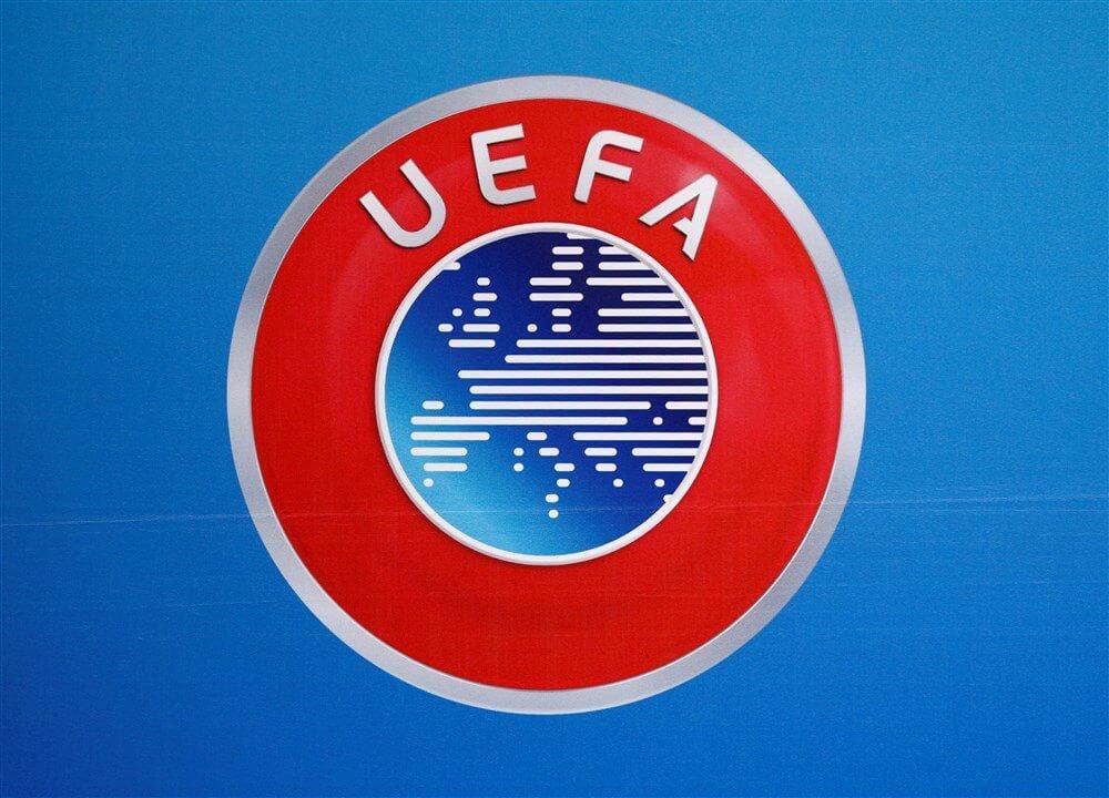 """""""UEFA wil huidige standen gebruiken indien competities niet uitgespeeld kunnen worden""""; image source: Pro Shots"""