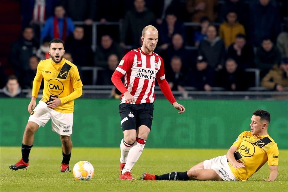 """Hugo Borst: """"Het werkelijke probleem van PSV ligt op het middenveld""""; image source: Pro Shots"""