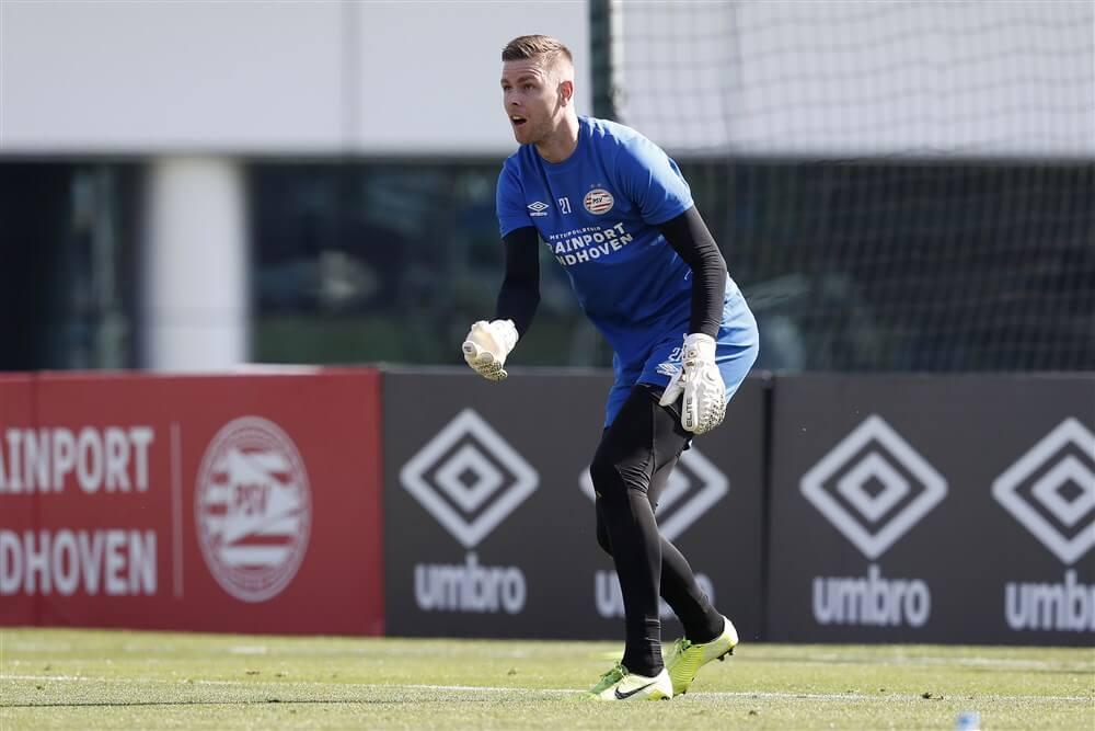 """""""Robbin Ruiter ontbreekt op training PSV om transfer af te kunnen ronden""""; image source: Pro Shots"""