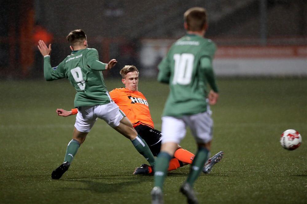 Jong PSV met tien man in slotfase onderuit; image source: Pro Shots