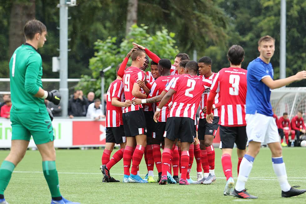 PSV onder 19 bereikt finale Otten Cup na winst tegen Everton; image source: OttenCup.com